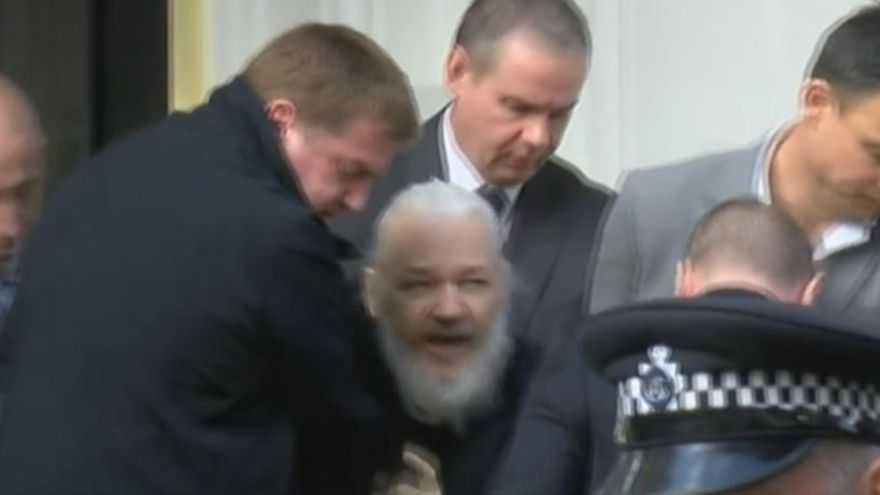 Suècia arxiva la investigació contra Assange per violació