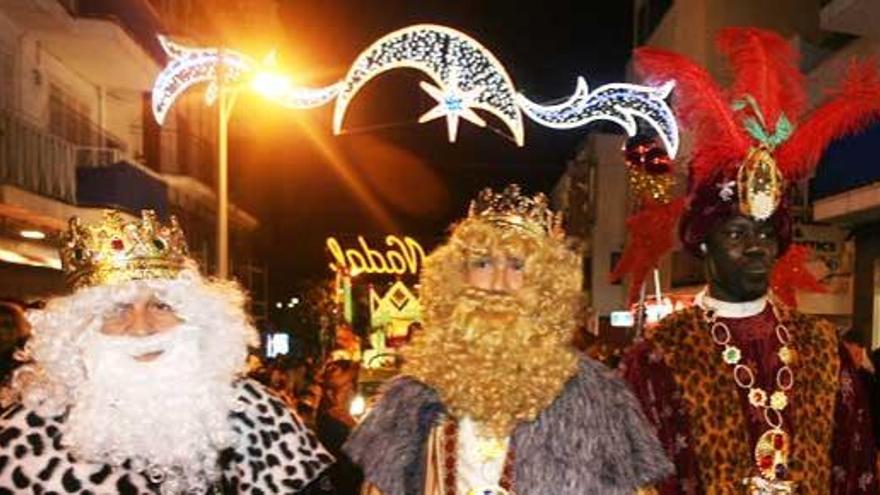 Horario de las Cabalgatas de los Reyes Magos en las Pitiusas