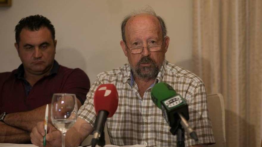 El alcalde de Peleas destapa unos pagarés irregulares emitidos por su antecesor