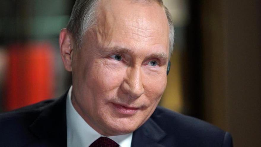 Putin va ordrenar abatre un avió de passatgers pensant que el duia un terrorista