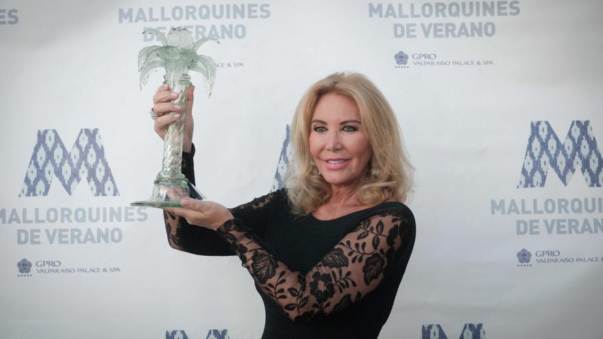 Norma Duval recibe el premio Mallorquín de Verano 2021