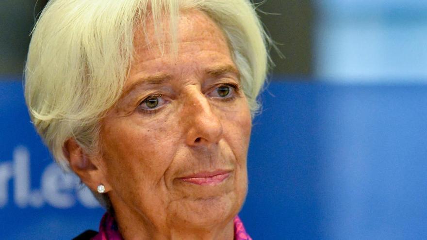 El BCE millora set dècimes les previsions econòmiques de l'eurozona i calcula una caiguda del PIB del 8% el 2020