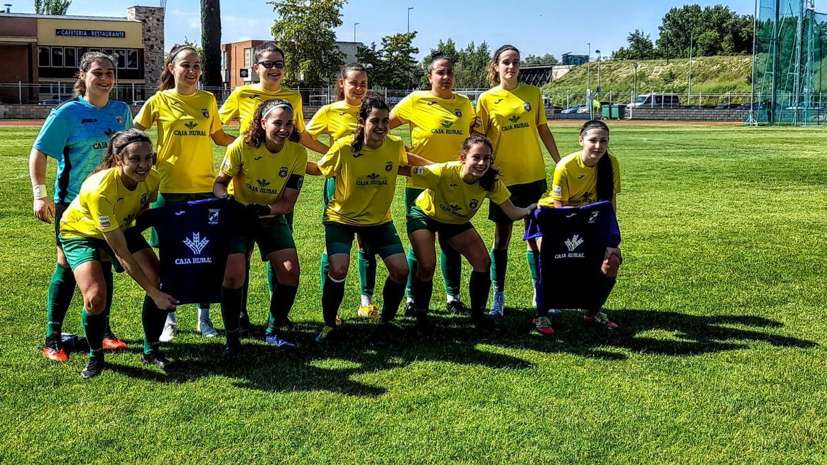 Amigos del Duero portó camisetas del San Lázaro en apoyo a su portero Antonio.