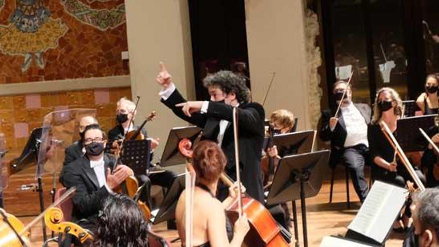 La Sinfónica interpreta una sinfonía de Beethoven en un concierto en el Palau de la Música de Barcelona