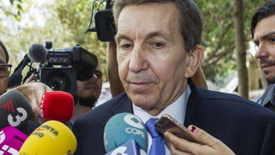 Moix cedeix i deixa la Fiscalia Anticorrupció per la polèmica per l'empresa a Panamà