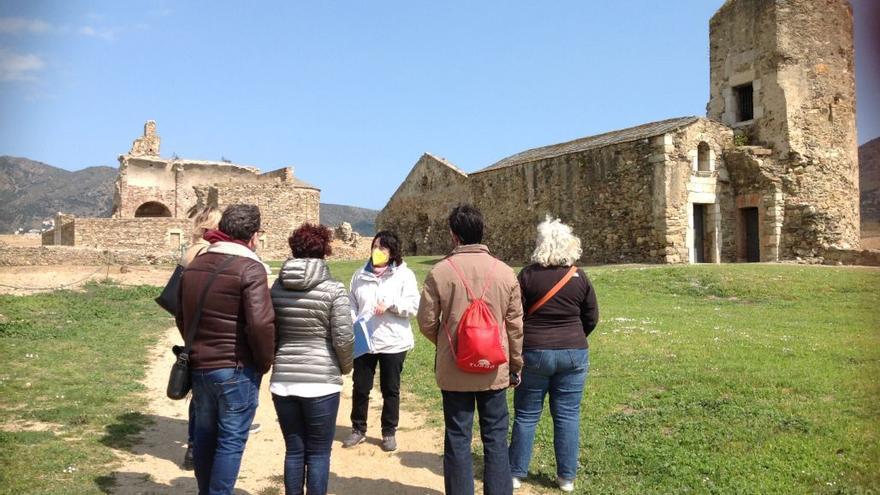 Els espais medievals de l'Empordà es donen a conèixer amb 48 visites guiades