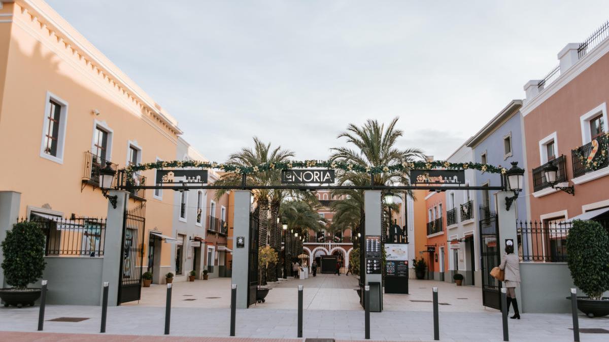La Navidad llega a La Noria Outlet con un sorteo de 1.000 euros en compras