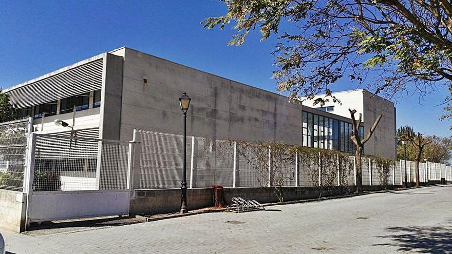 El Consell obliga a Sollana a abrir las aulas y el alcalde lo considera un error