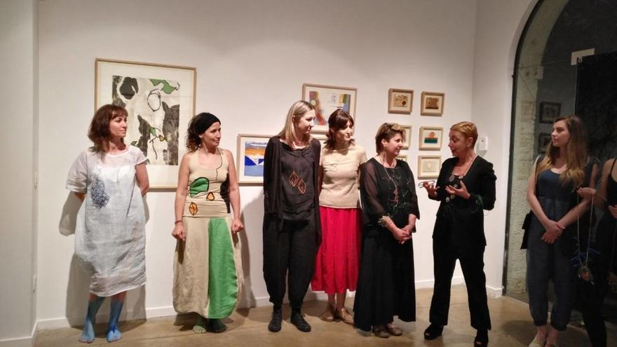 La galeria Ventós de Figueres tanca l'exposició de Guinovart amb una taula rodona