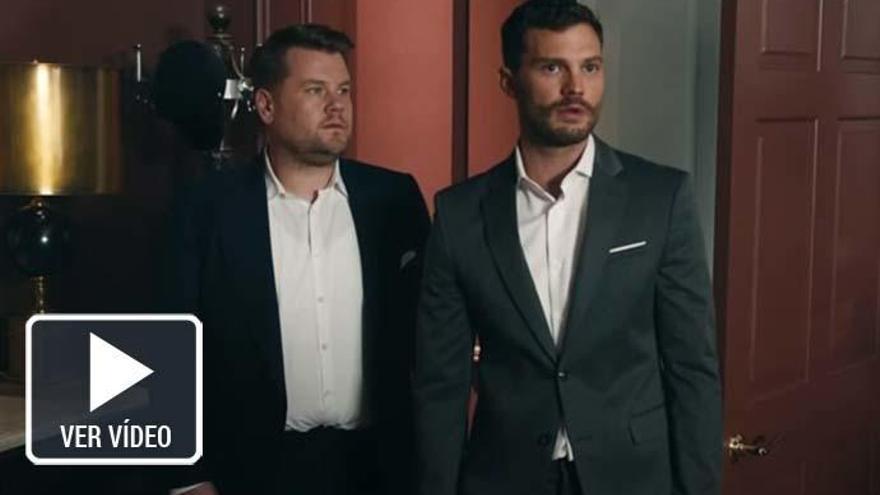 La desternillante parodia de Jamie Dorman en la habitación roja de 'Cincuenta Sombras de Grey'