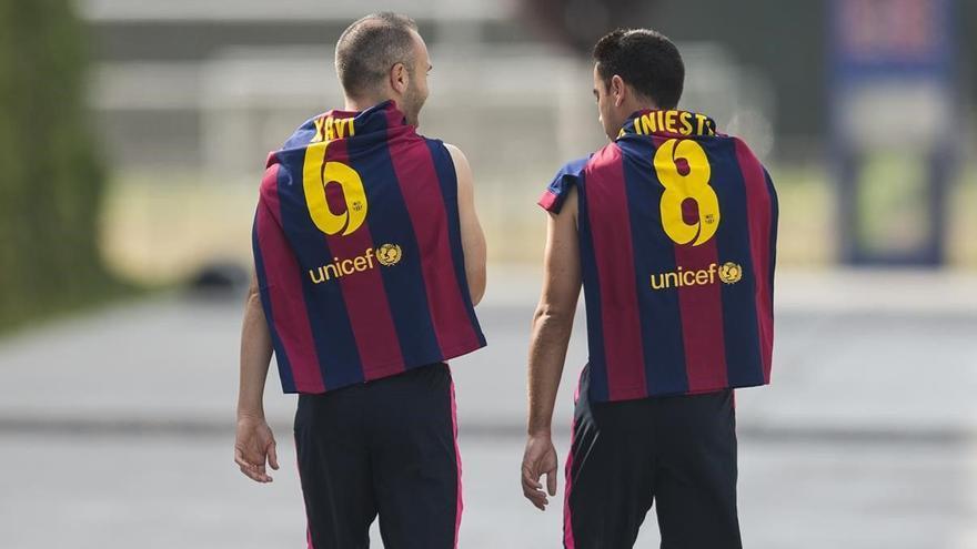 """Iniesta: """"Xavi está preparado para entrenar al Barça"""""""