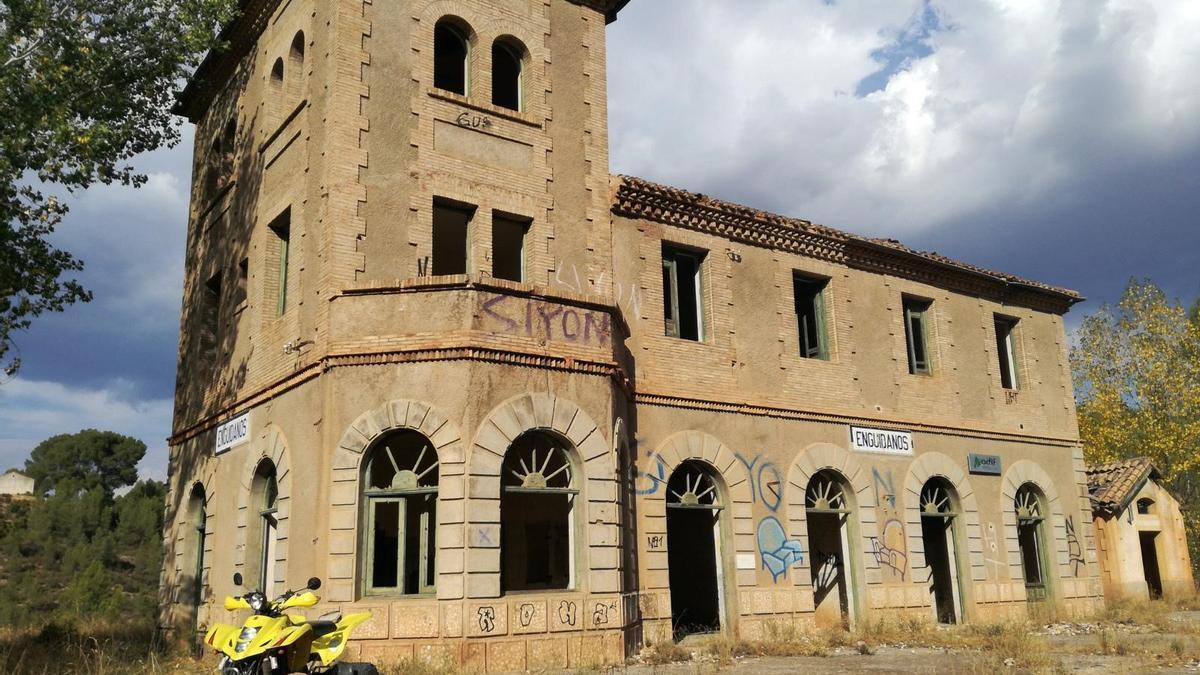 Estación abandonada de Enguídanos