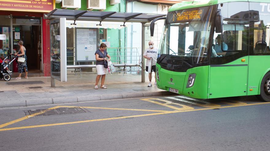 Castelló ultima la compra de cuatro minibuses para el servicio 'a la carta'