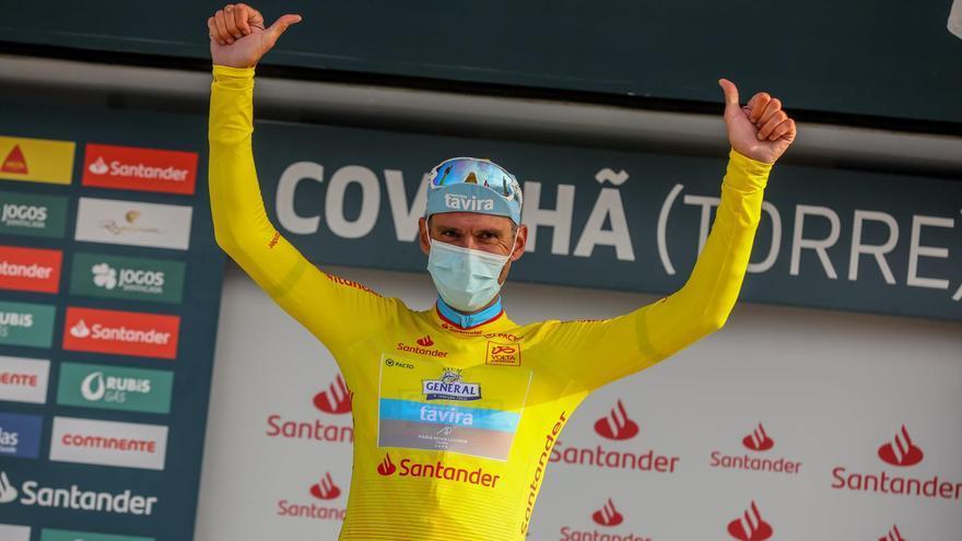 El estradense Álex Marque gana en el Alto da Torre y se viste de amarillo en la Volta a Portugal