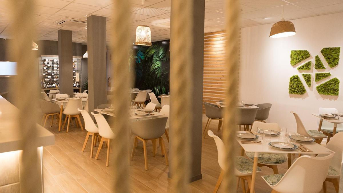 El restaurante ofrece dos menús de degustación, además de uno especial para veganos.