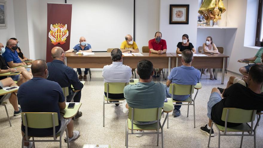 Ayuntamiento y JLF proponen trasladar las Fallas de Alzira a octubre