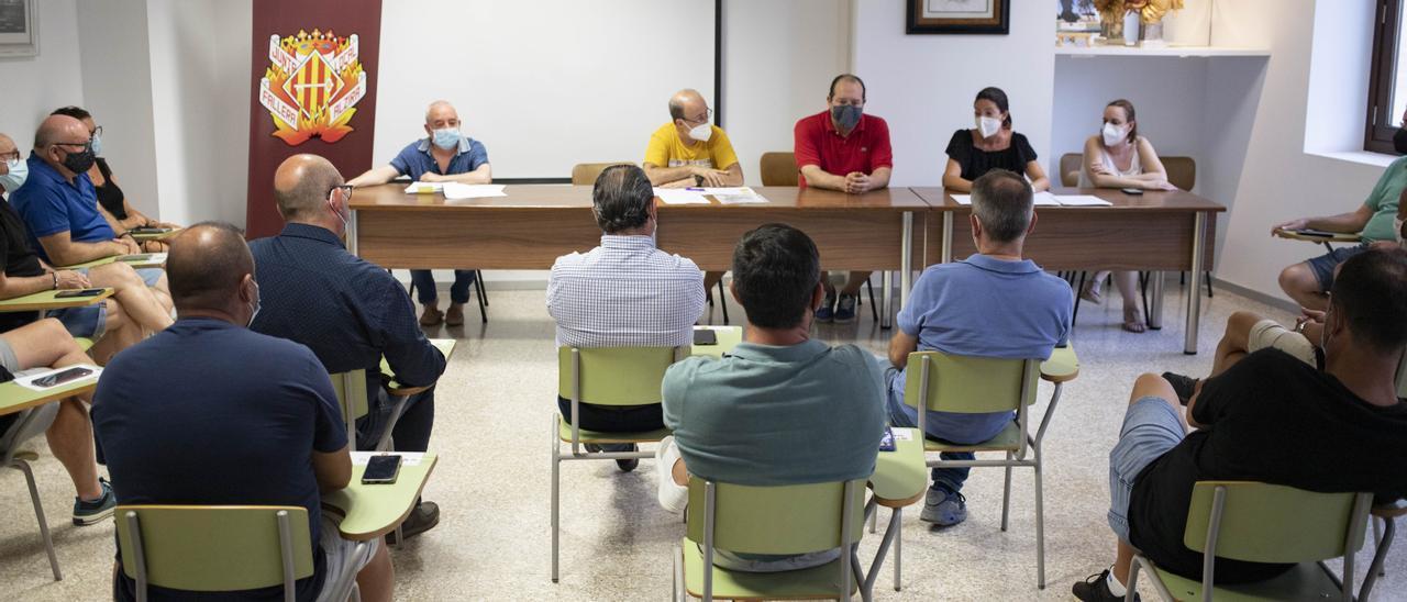 Reunión de presidentes celebrada esta tarde en Alzira.