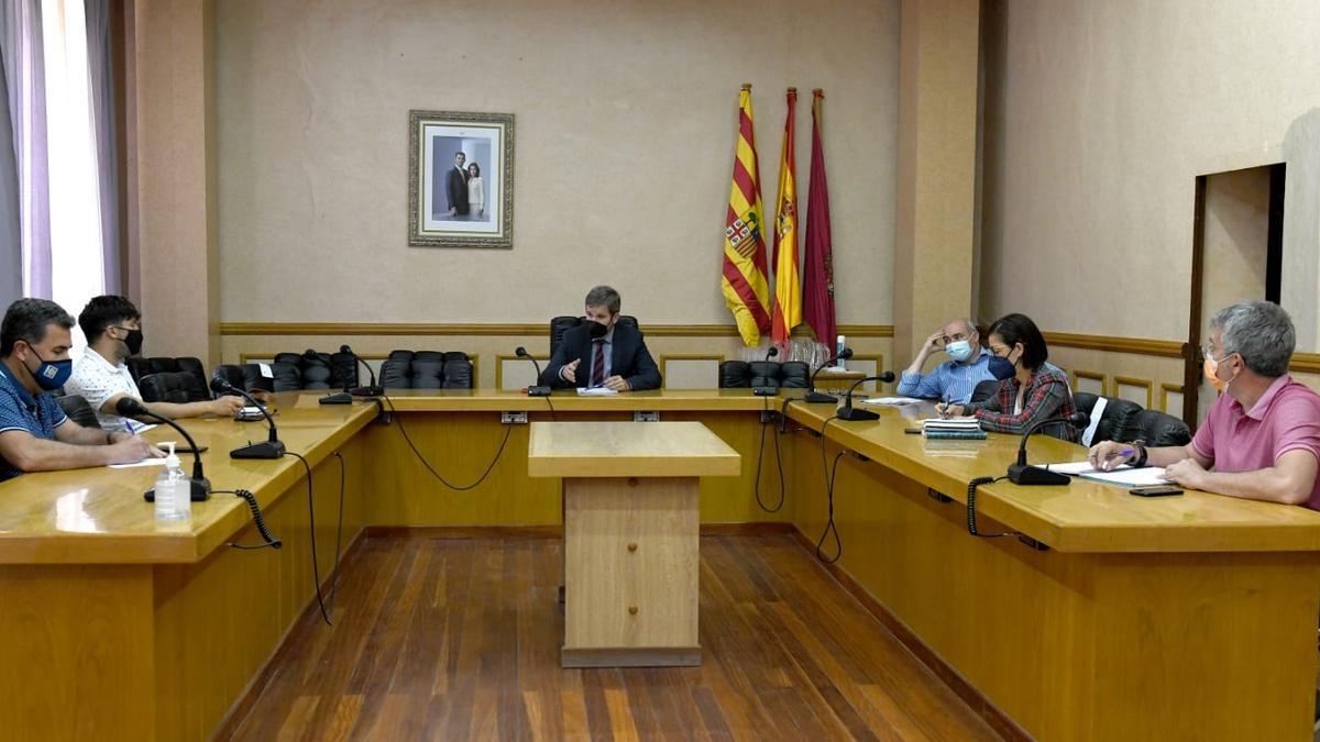 El alcalde convocó una junta de portavoces urgente tras conocer la sentencia condenatoria.