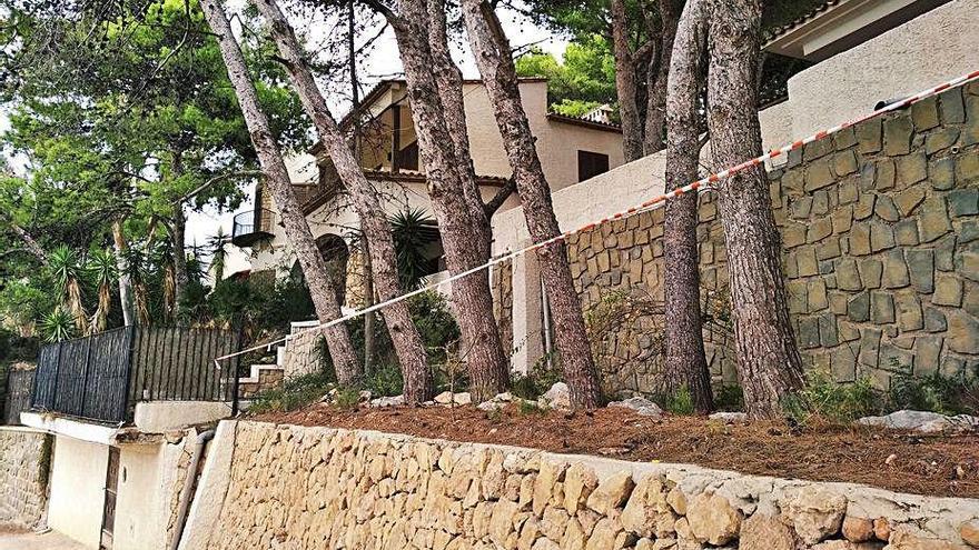 Calp denuncia que los okupas han tomado la casa de ilustres del Penyal d'Ifac