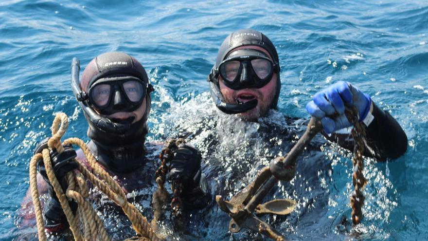 Nova jornada de recollida d'arts de pesca perduts al Port de la Selva