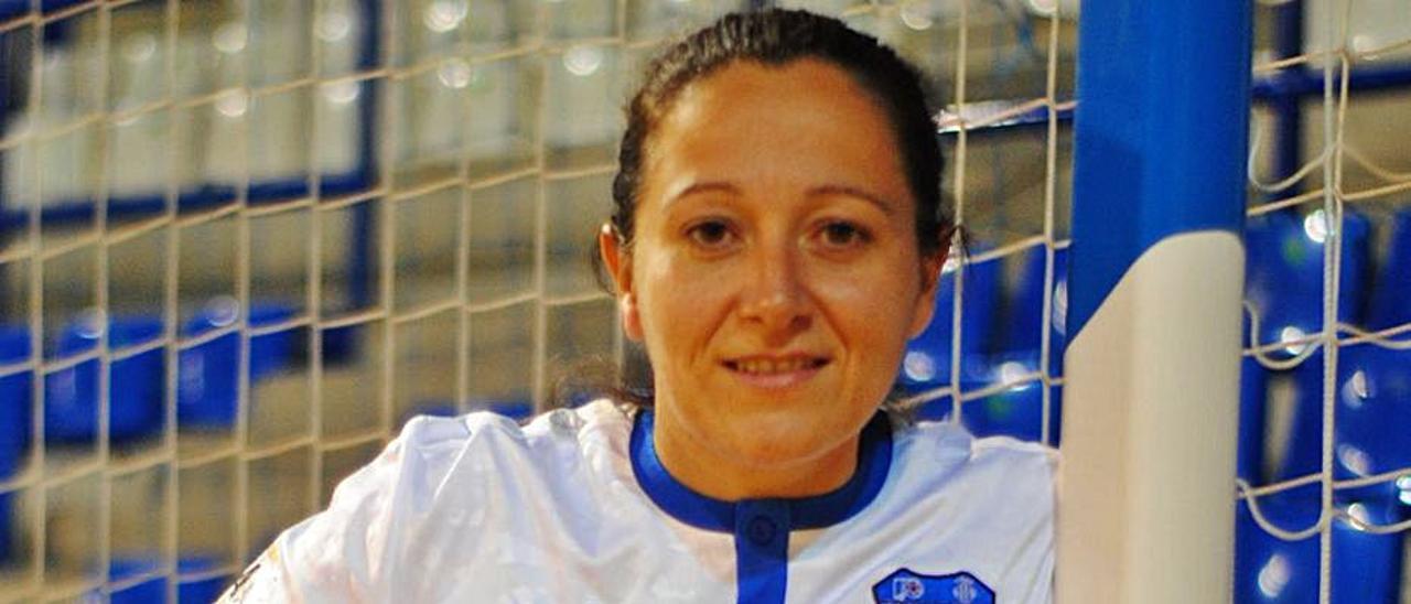 Majo Pascual se desempeña como técnica y jugadora. | RAÜL AMAT