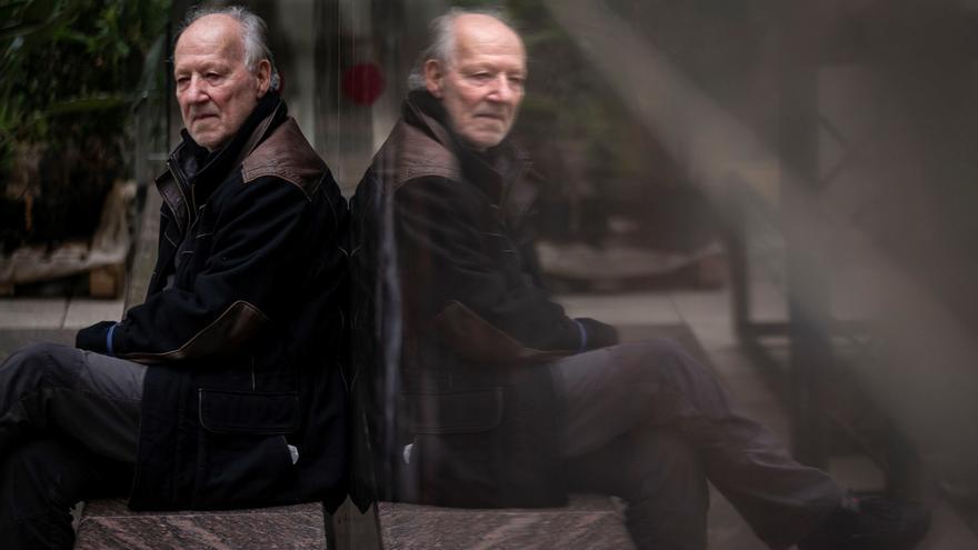 """Herzog explora """"la mezcla de violencia y belleza"""" de los volcanes en su nuevo filme"""