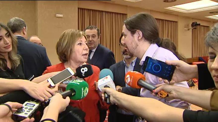 Iglesias y Villalobos se enzarzan en el Congreso