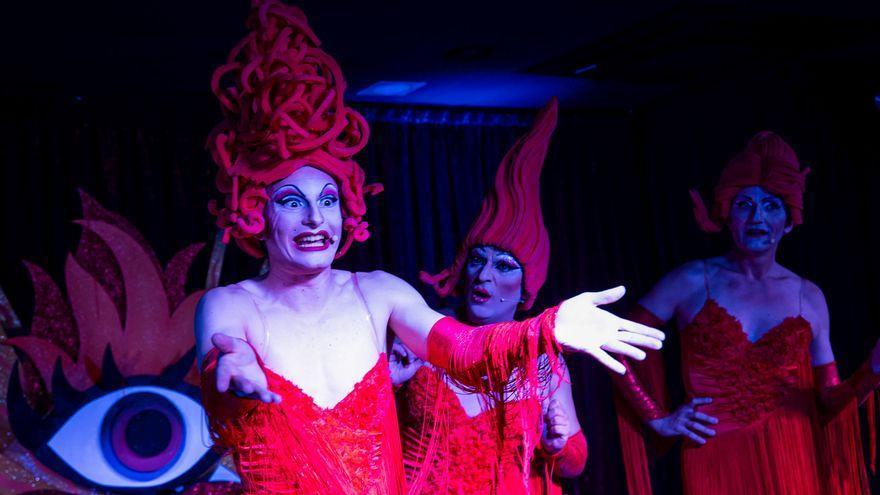Estudian cambios en las bases de la gala 'drag' del Carnaval Romano de Mérida