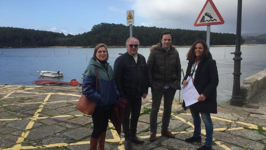 Concejales del PP de Vilagarcía denuncian que el patrón de Carril los vetó en una reunión con la presidenta de Portos
