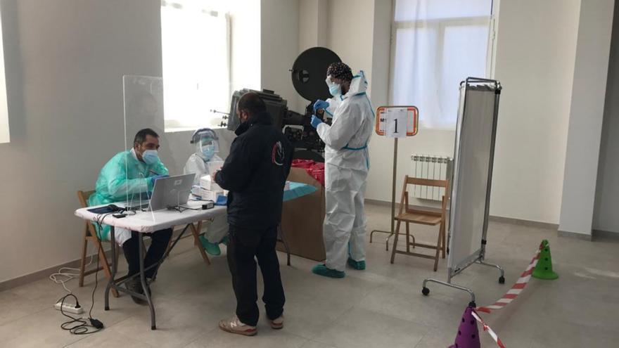El segundo día de cribado en San Cristóbal de Entreviñas detecta un caso de coronavirus