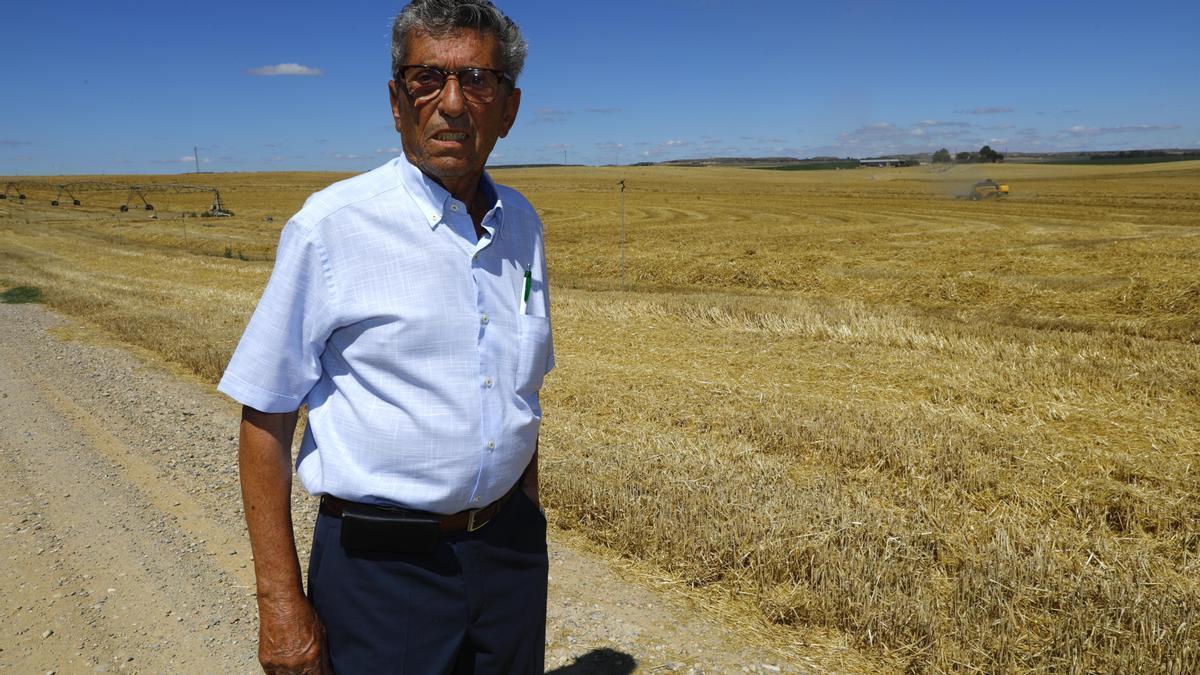 Juan José Pijoan, que temió por su vida trabajando para Vila, ante la propiedad de la que era encargadohace 40 años.