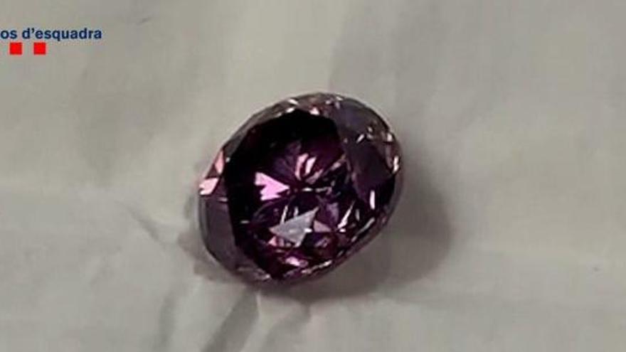 Desarticulada una banda internacional que va robar un diamant milionari a Barcelona