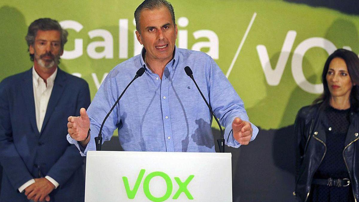 Javier Ortega Smith, durante su intervención ayer en Santiago.