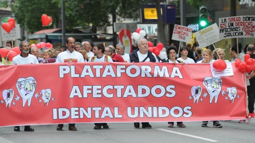 Confirmados cuatro casos de hepatitis C entre los pacientes de iDental de Murcia