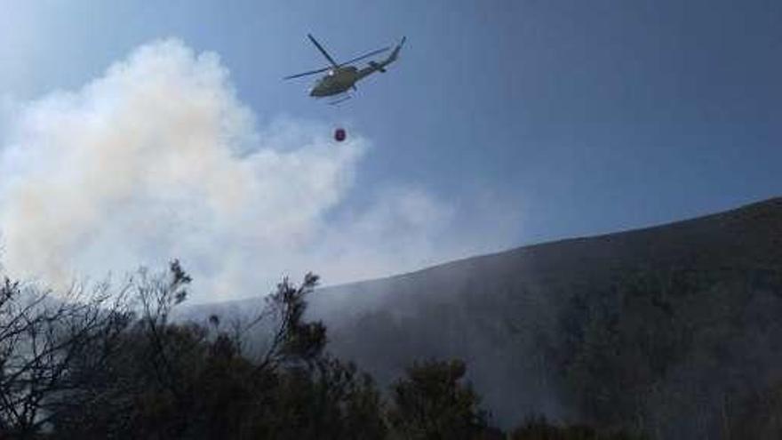 La huelga de pilotos de helicóptero amenaza el salvamento marítimo y la extinción de incendios