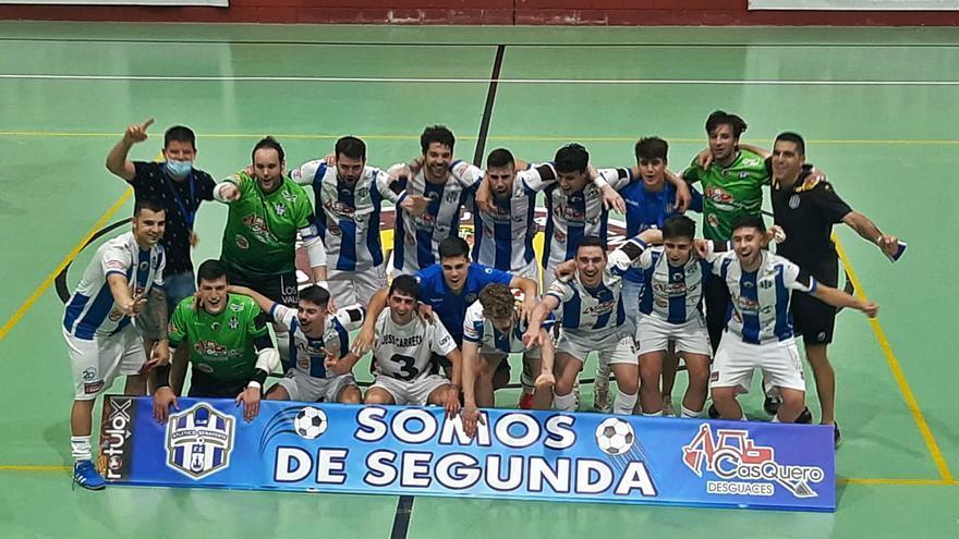 El Atlético Benavente, ante una Liga de muchos kilómetros