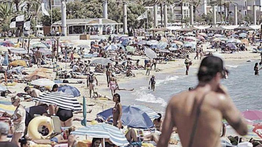 Umfrage: Drei Viertel der Bewohner finden es im Sommer zu voll auf Mallorca