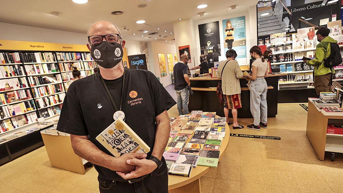 La librería Cervantes celebra su primer centenario | IRMA COLLÍN