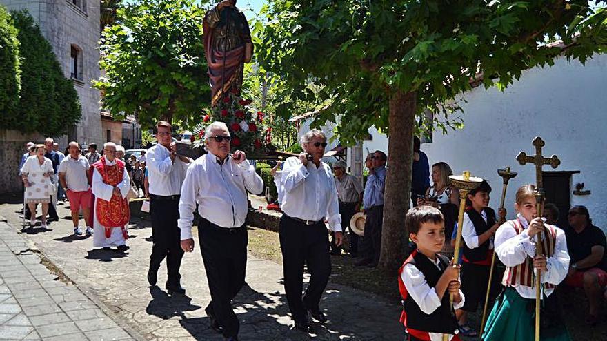 Caravia festeja a Santiago Apóstol