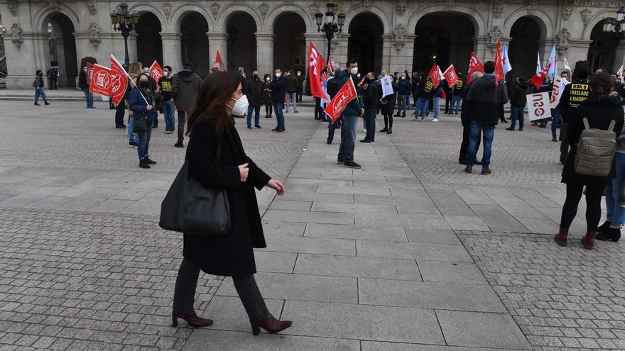 Concentraciones en María Pita durante el pleno municipal