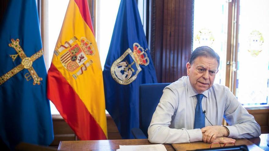 Somos denuncia otro viaje de Canteli con su esposa a Madrid con gastos a cargo del Ayuntamiento