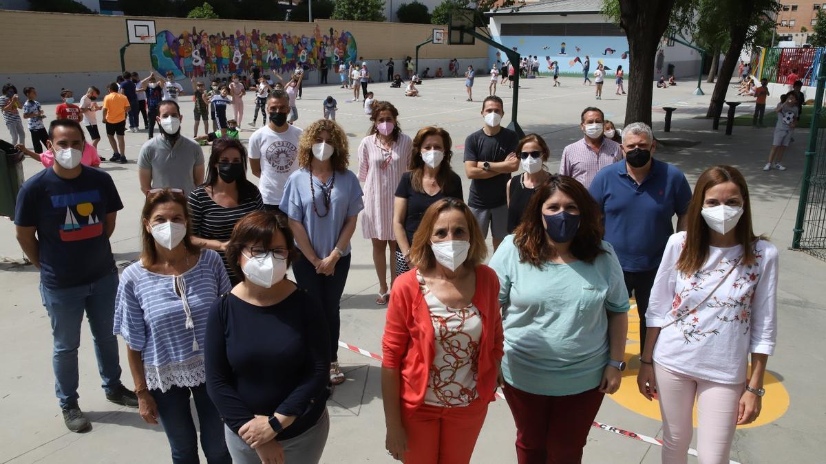 Profesores de un colegio de Córdoba, pendientes de la segunda dosis.