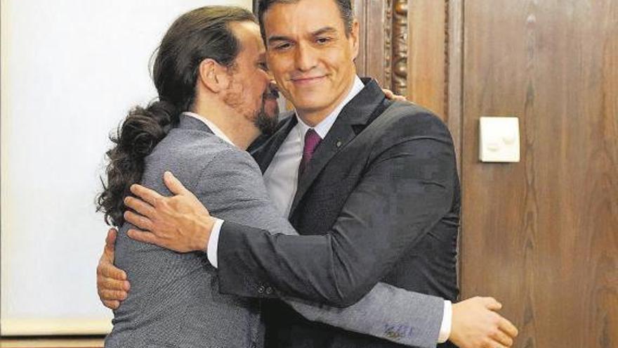 Sánchez e Iglesias, un año de convivencia entre roces