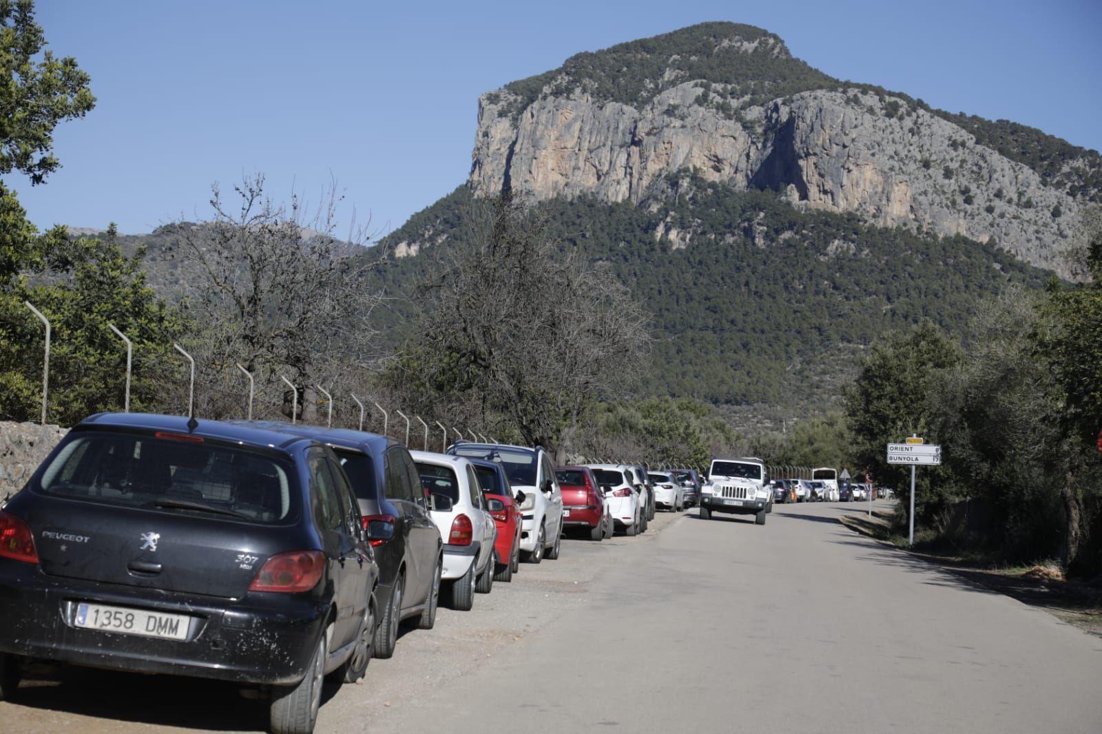 La aglomeración de visitantes obliga a cerrar el Salt des Freu