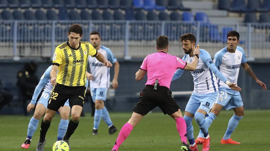 El partido entre el Málaga y el Oviedo, en imágenes