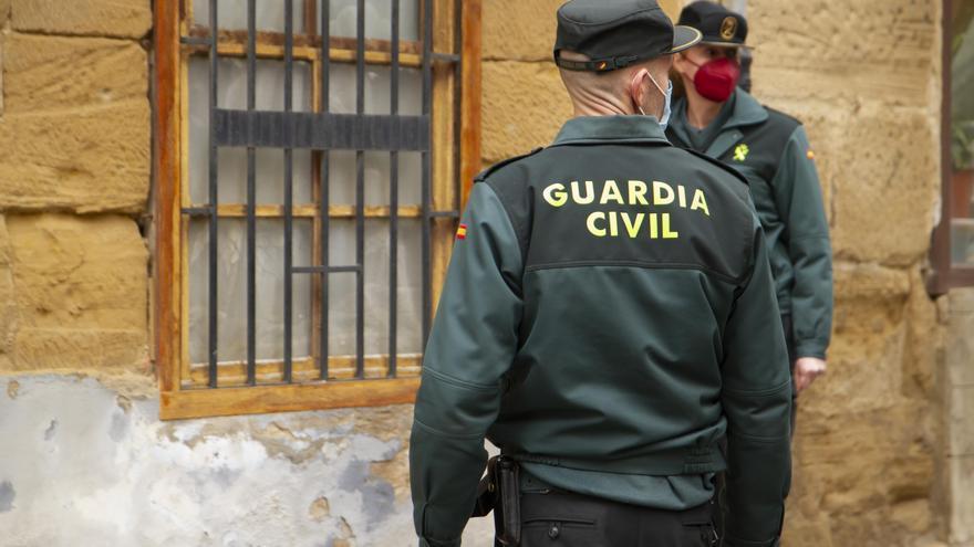 Pánico en Asturias por la irrupción de un hombre a tiros en mitad de la calle