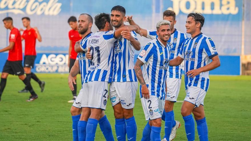 El Atlético Baleares busca nuevo rival para el Brondo tras los positivos en el CD Ibiza