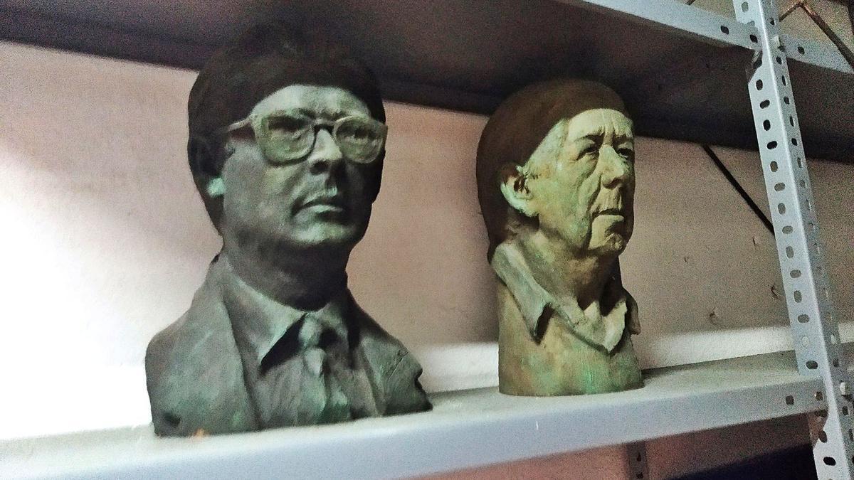 Los bustos en terracota realizados por Eduardo Cebrero.