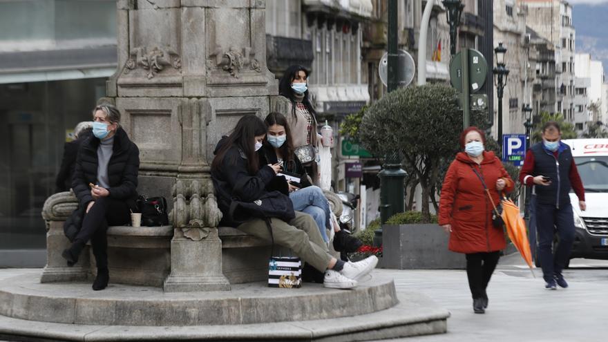 Turbulencias en el área de Vigo: más casos de COVID pero contiene los ingresos
