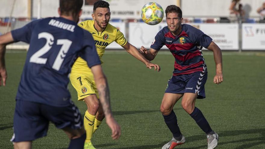 Dos gols de penal donen la victòria al Llagostera
